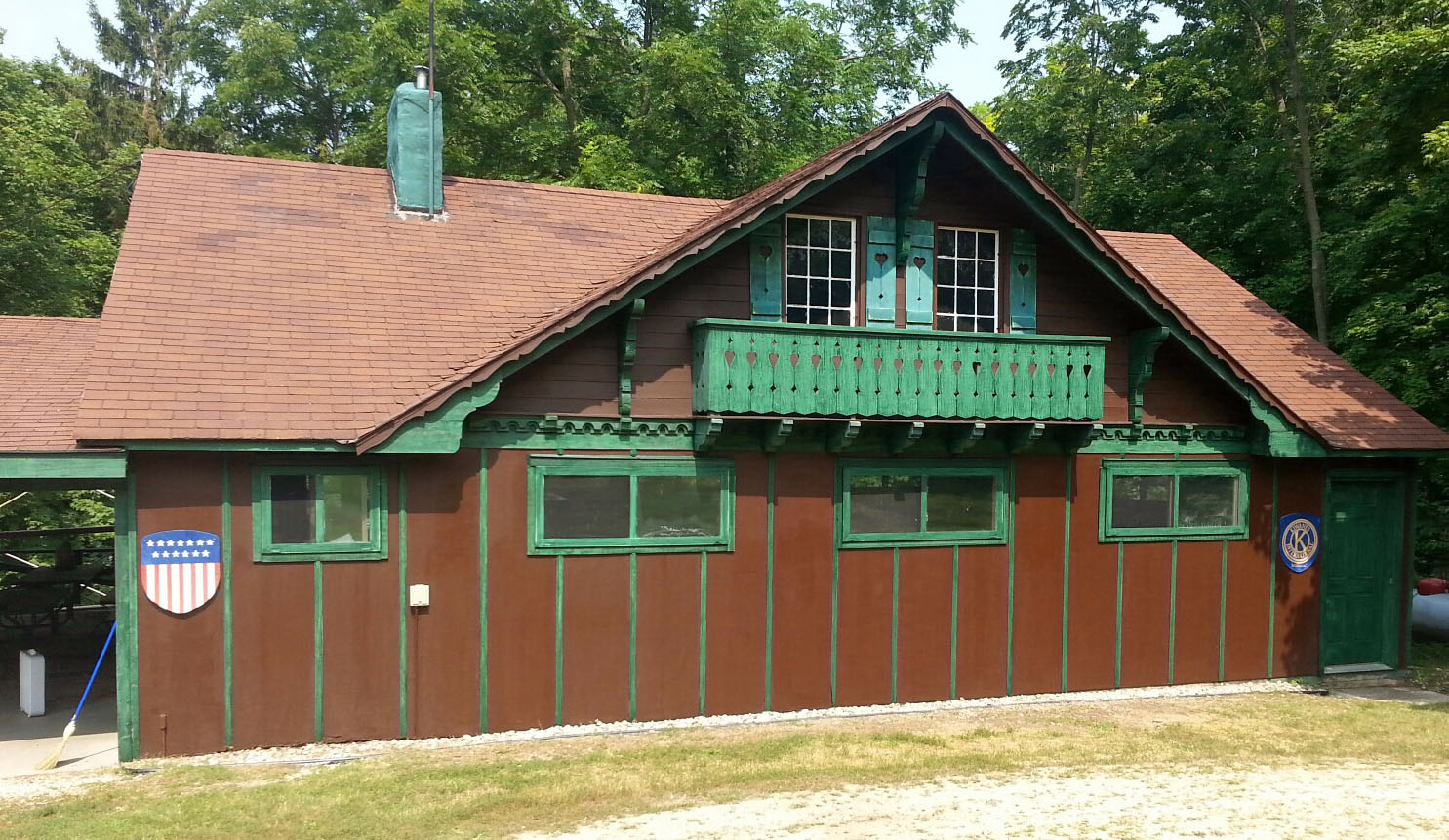 Book the Youth Cabin